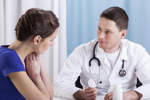 Nên khám và điều trị sớm